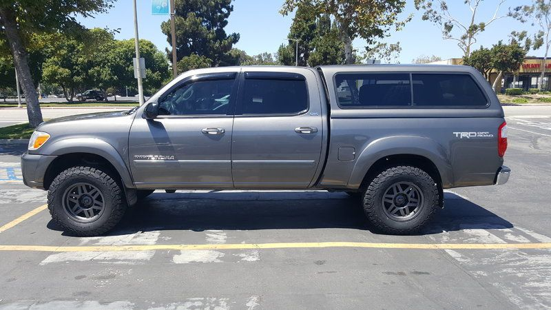 First Gen Double Cab Phantom Gray Pearl With Camper Top Toyota Tundra Tundra Crewmax 2005 Toyota Tundra