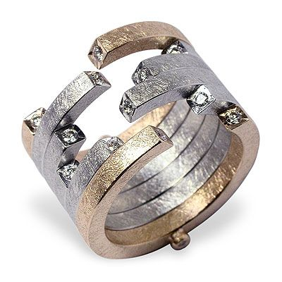 Ring | Achim Gersmann.  'Pusher'.  18k gold and diamonds