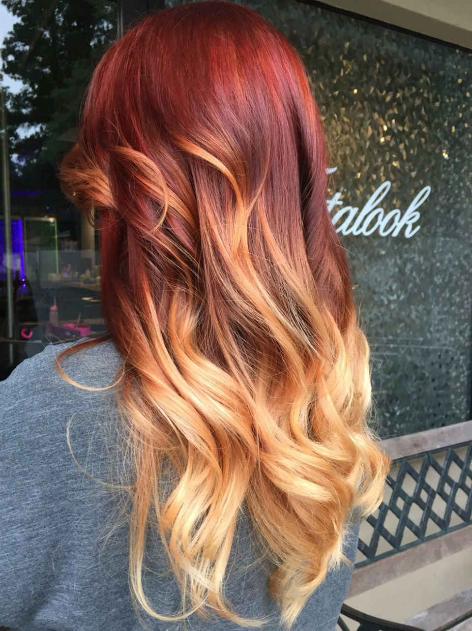 Amazing Red Fire Onbre Hair Color Ideas  in   Χτενίσματα