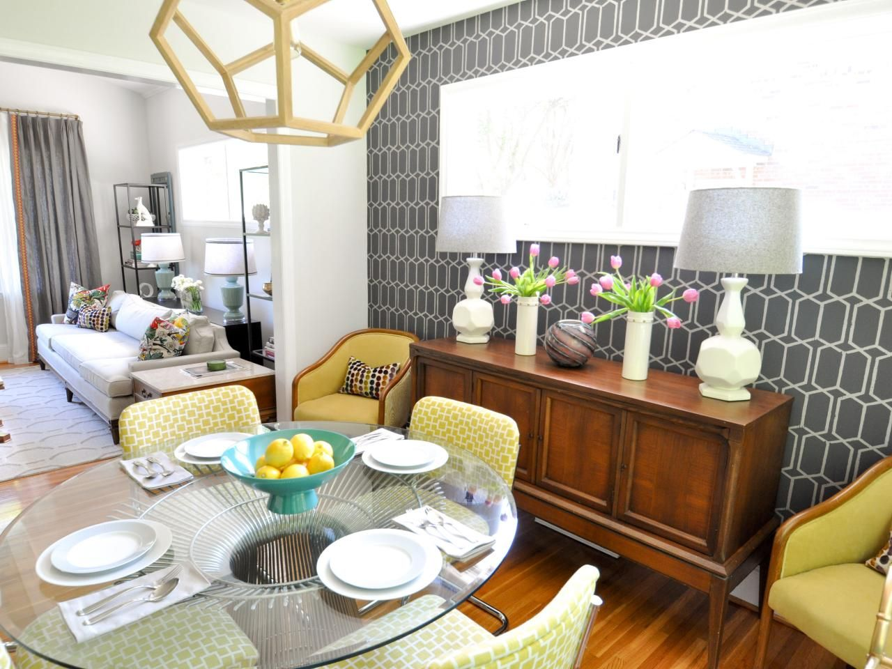 Vibrant Midcentury Modern Dining Room Page 04