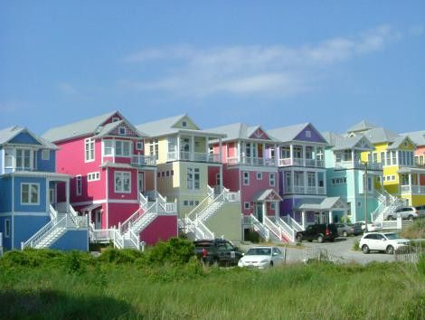 bright and colorful beach houses in 2019 beach house beach rh pinterest com