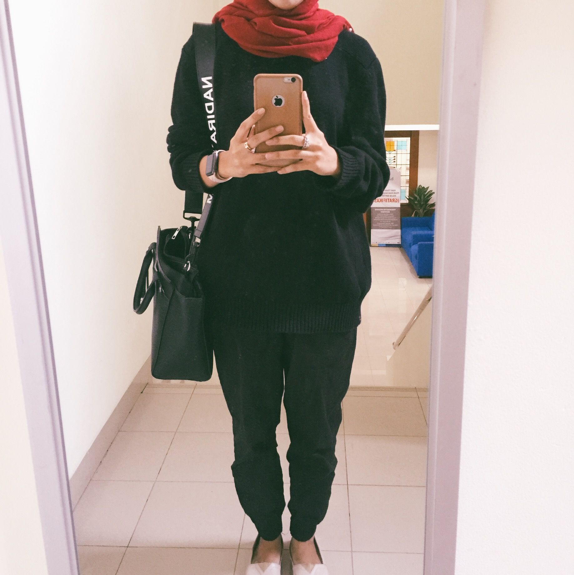 Der Kampf Gegen Die 777 Spiel Com | Sara Hijab & Makeup