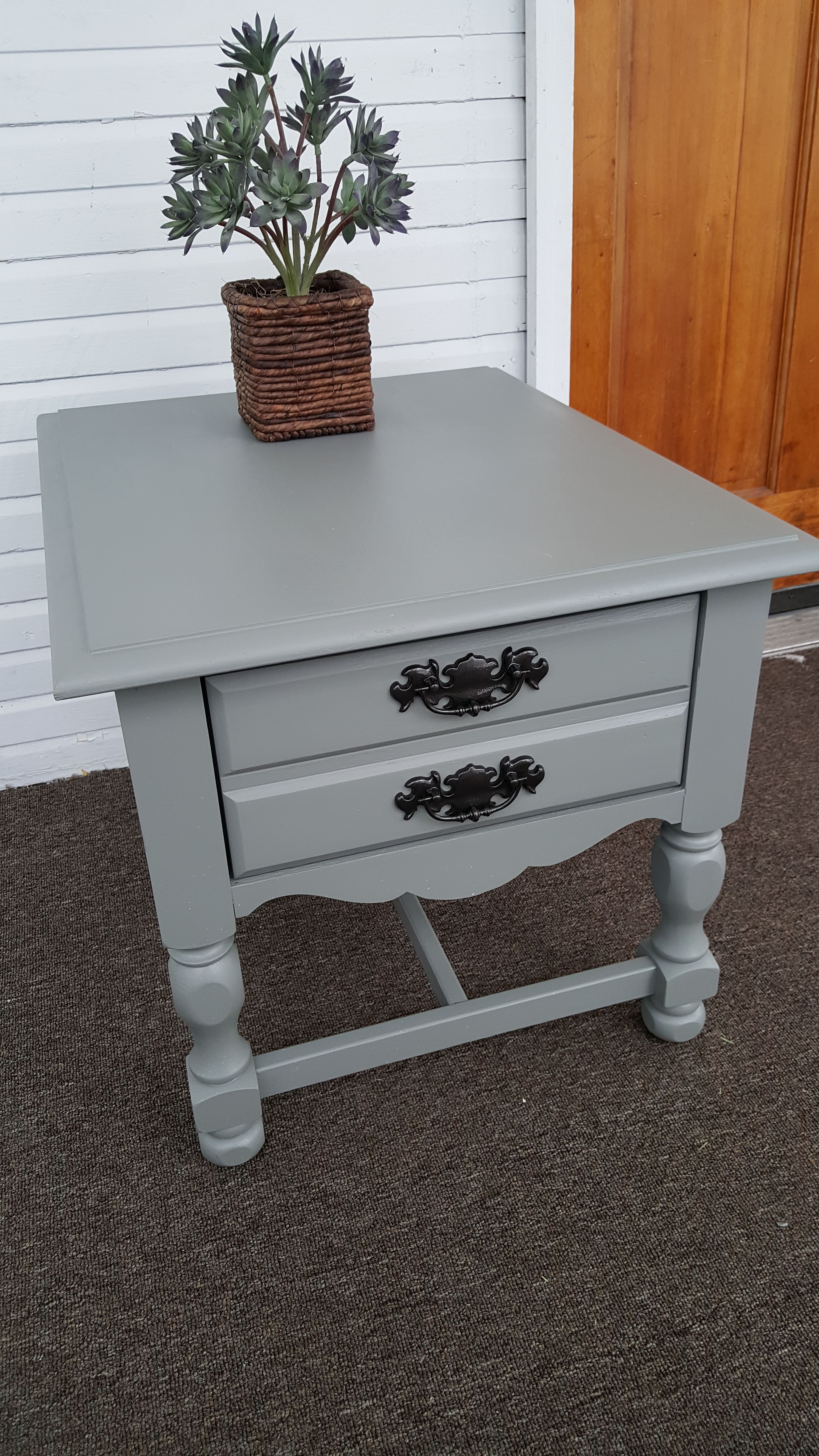 How To Paint An End Table End Table Makeover Farmhouse End