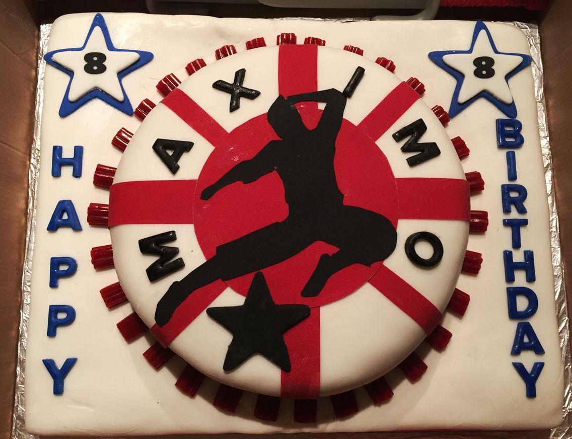 American Ninja Warrior Cake American Nanja Warrior cake a cupcake
