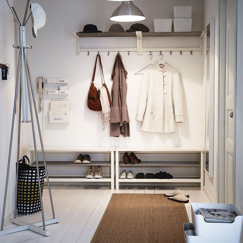 entr e avec armoire chaussures banc avec rangement chaussures tag re chapeaux et miroir. Black Bedroom Furniture Sets. Home Design Ideas
