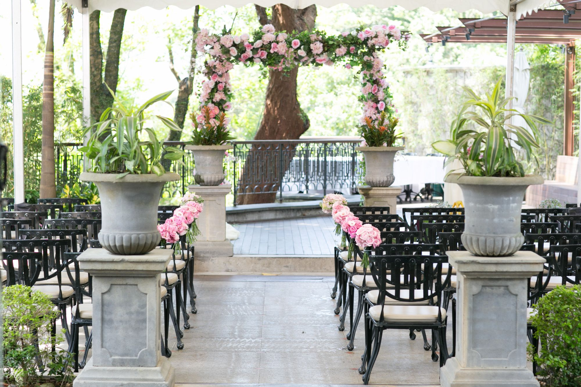 The Peak Lookout Hong Kong Wedding Venue Location Outdoor Clic Beautiful Flower Arch