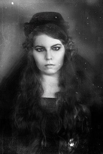 Jeanne Hebuterne - no creo que un suicida sea un cobarde...un suicida ...