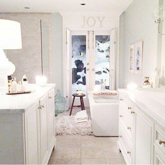 I want jillian harris 39 bathroom love this bathroom - Jillian harris casa ...
