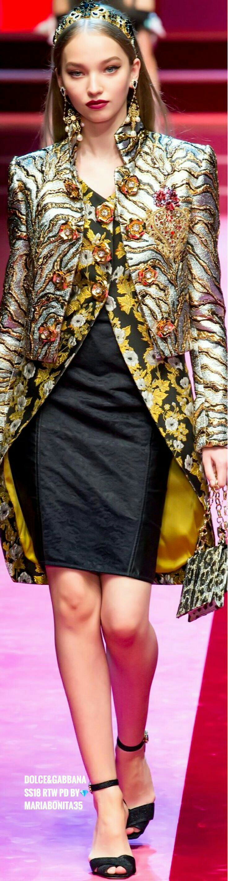 Pin by Josè E. on CHIC   Fashion, Fashion trend board, New