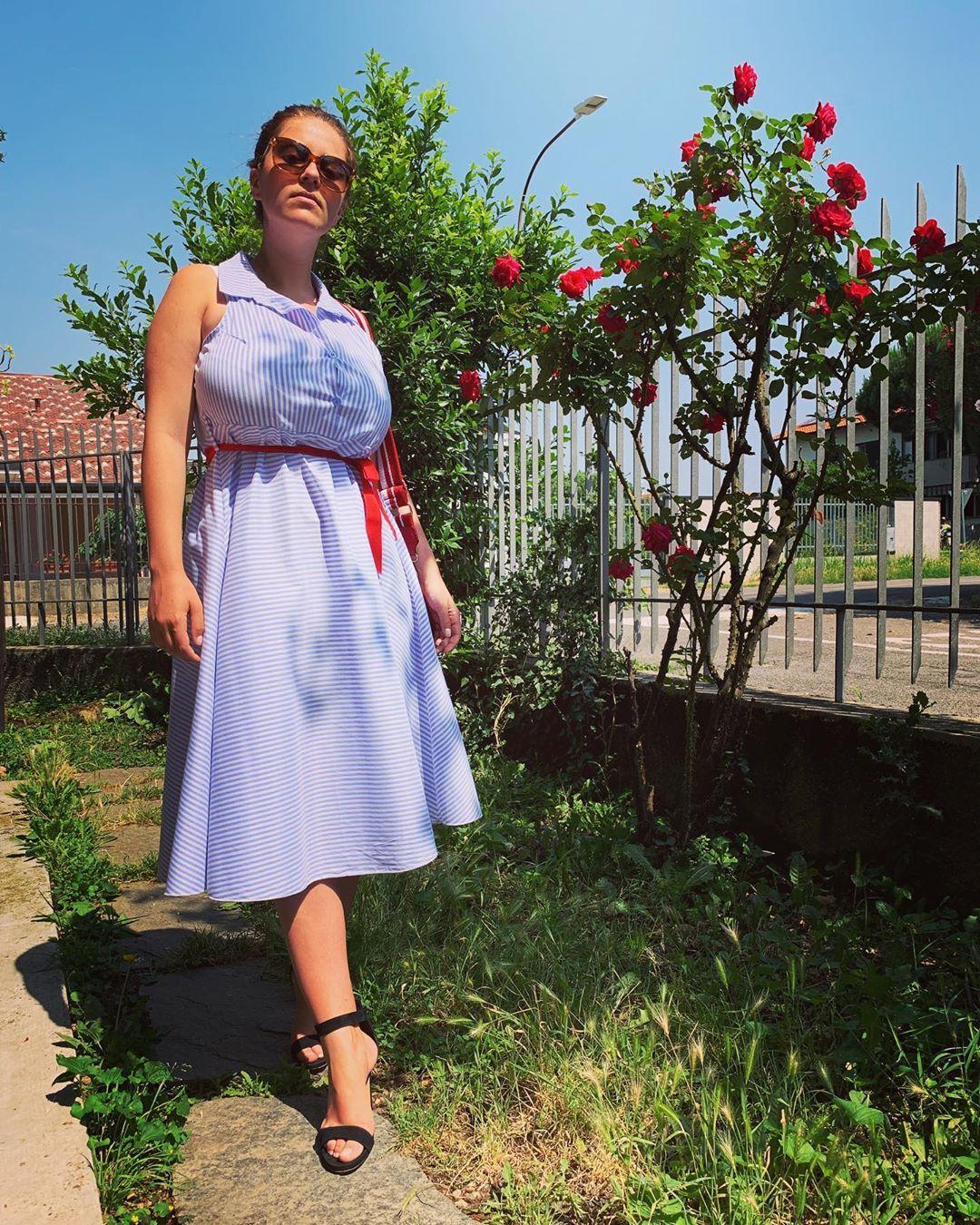 328 Likes 8 Comments Mădălina Ioana Filip Mady Gio On Instagram Estate2019 Parabiago Giornatadainonni Gi In 2020 Summer Dresses Shoulder Dress Fashion