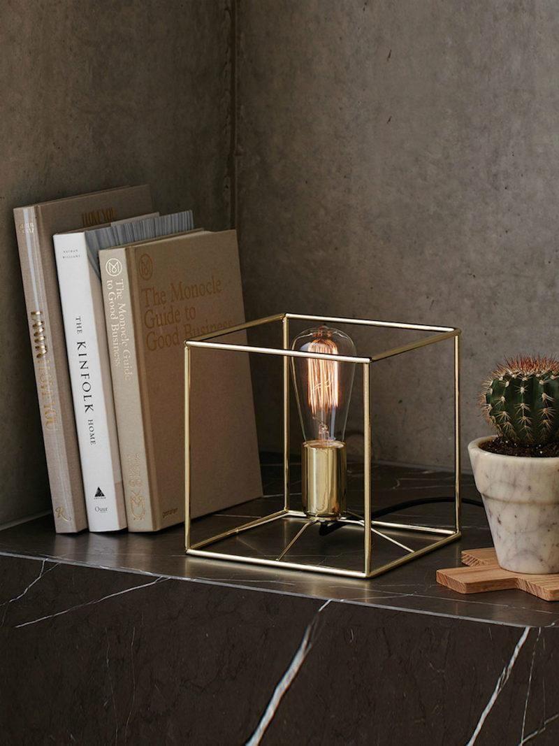 Lampe de chevet design 20 luminaires modernes brillant  plus qu un