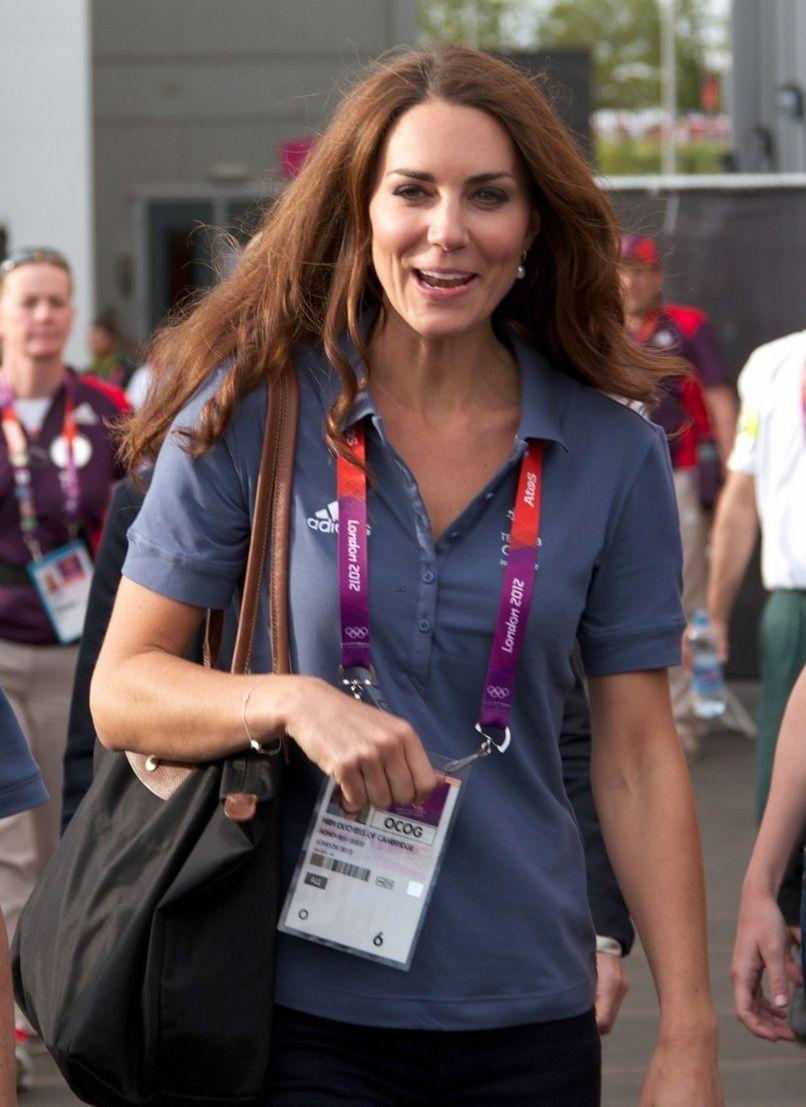 "JO LONDON 2012 DUCHESSE CATHERINE DE CAMBRIDGE "" SAC LONGCHAMP "" - PRINCESS MONARCHY"