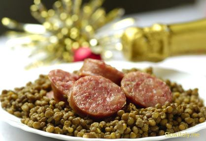 Cotechino con Lenticchie - Traditional Italian New Years Dish ! - Chef Franco Lania