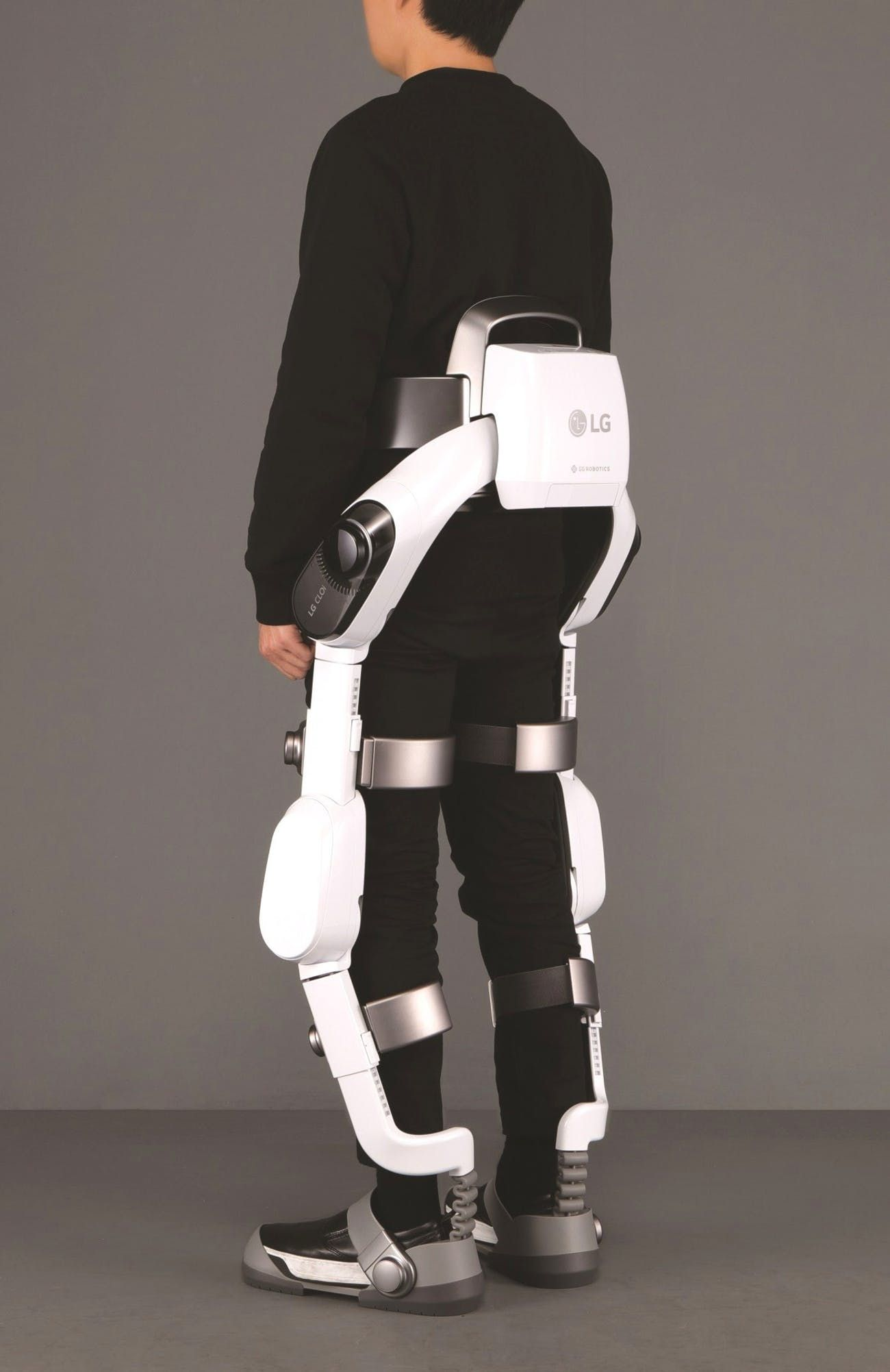 Back view of LG SuitBot Wearable robots, Wearable