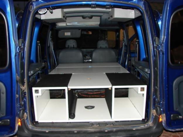 kangoo camper pesquisa do google carport pinterest. Black Bedroom Furniture Sets. Home Design Ideas