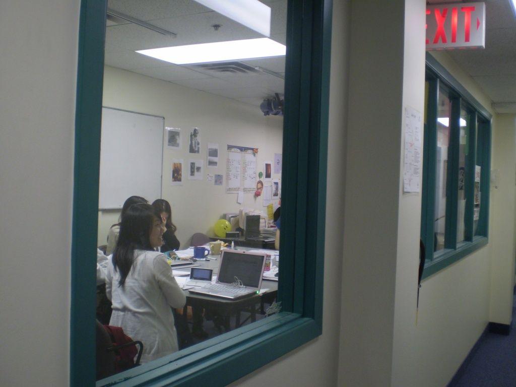 授業風景。みんな仲良く笑い声の絶えない様子でした。Britannia Collegeの詳しい情報はこちらから☆http://www.vc-ryugaku.com/school/lang/s38.html