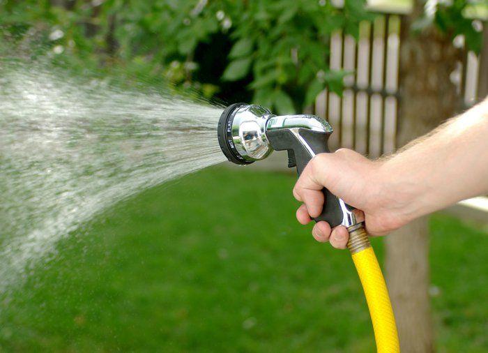 Wasserschlauch Fur Den Garten Richtig Aussuchen Wasserschlauch Gartenschlauch Schlauch
