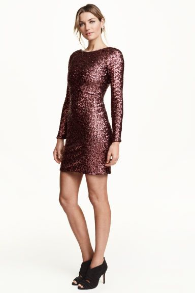Robe A Paillettes Robe A Sequins Idees Vestimentaires Vetements Pour Dames