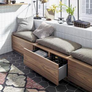 85 Small Apartment Balcony Decorating Ideas - Wholehomekover #balconyideas
