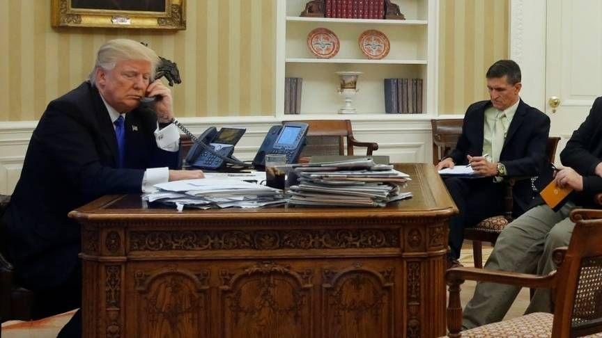Trump Daily 3 februari: sancties tegen Iran en ruzie met The Terminator | NOS
