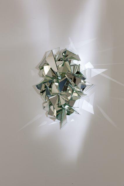 // Mathias Kiss : Froissé mirror