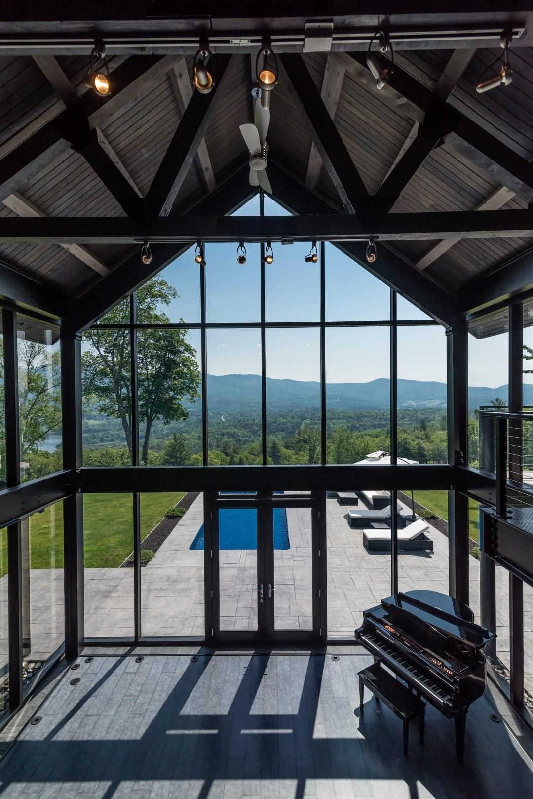 MAGIFICIENT MODERN INDUSTRIAL | Vermont Luxury Homes | Mansions For ...