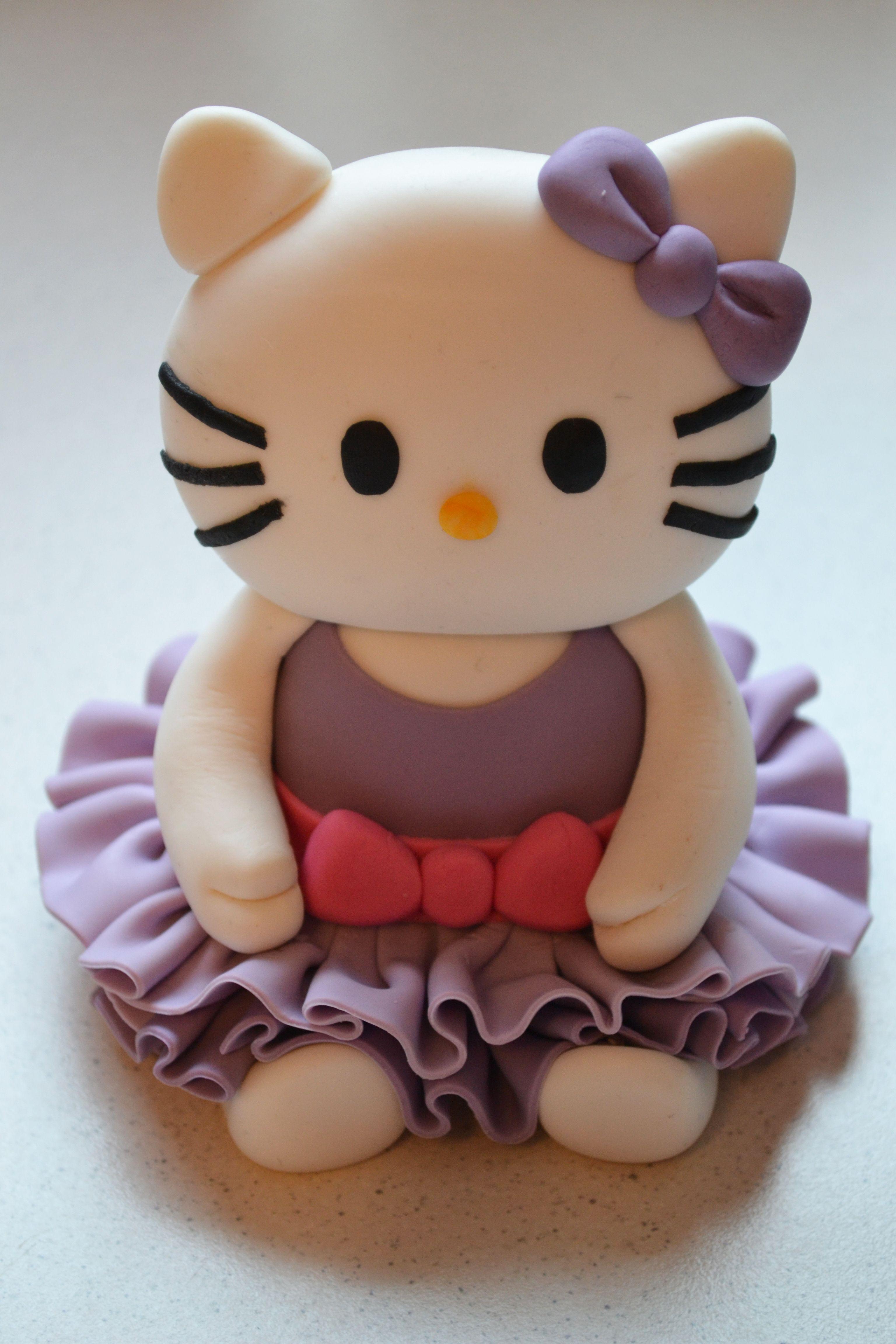 Hello Kitty cake topper Sajt tortk My own cakes Pinterest