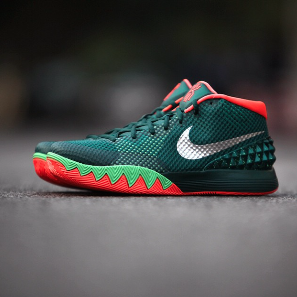 purchase cheap a91e3 b5abd Nike Kyrie 1 Flytrap (I have and love these)