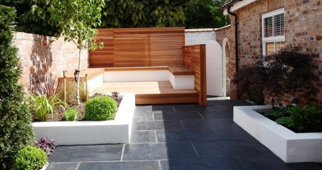terrassegenstaltung modern bilder ideen sitzecke sichtschutz holz - Moderne Bder Mit Holz