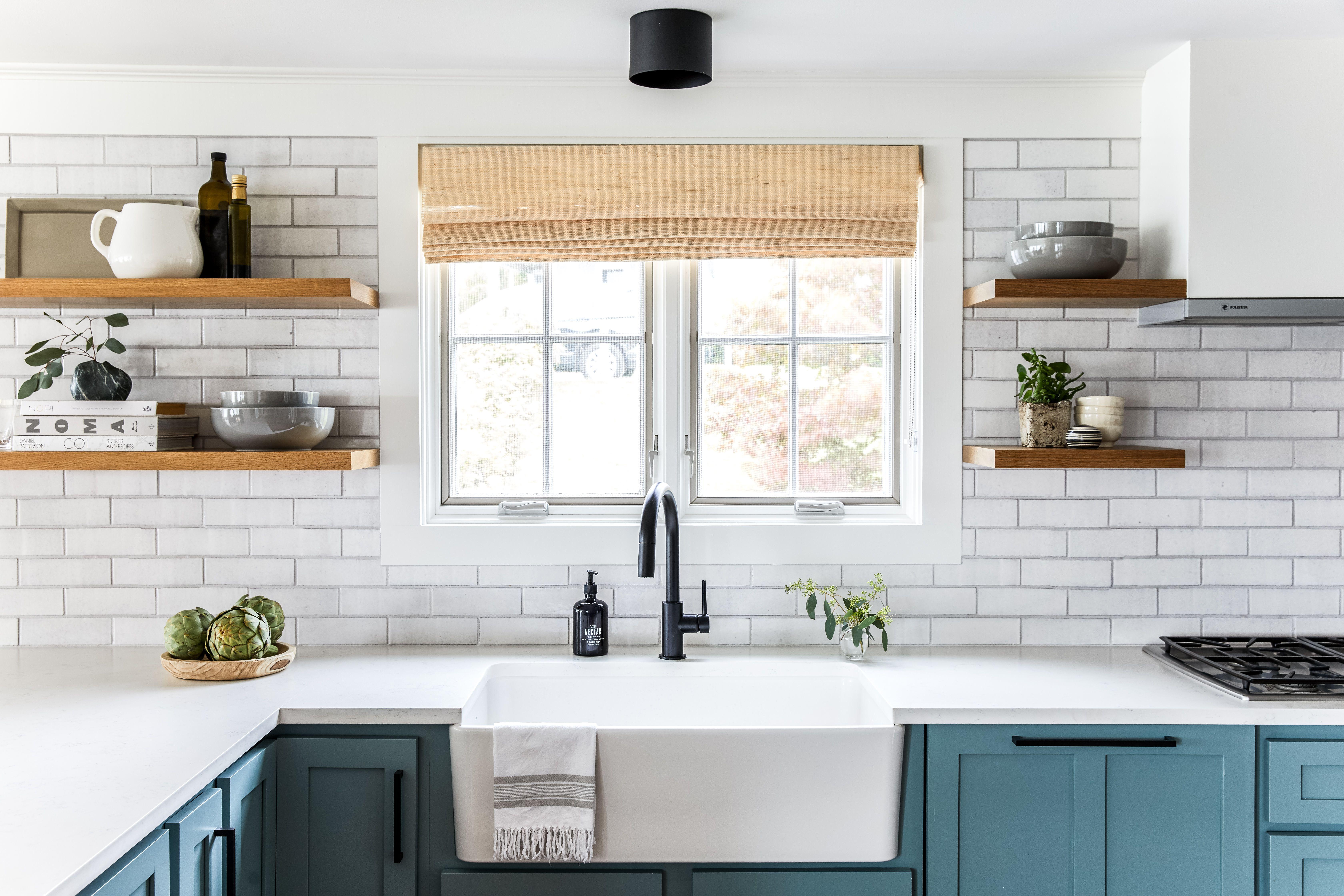 Tour A Cool Coastal Maine Home Designed By Heidi Lachapelle Interiors Kitchen Design Kitchen Remodel Brick Kitchen