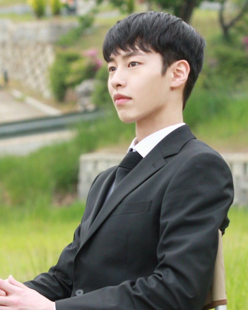 Drama Korea Tentang Ceo Ganteng : drama, korea, tentang, ganteng, Image, Contain:, People, Outdoor, Aktor,, Aktor, Korea,, Selebritas