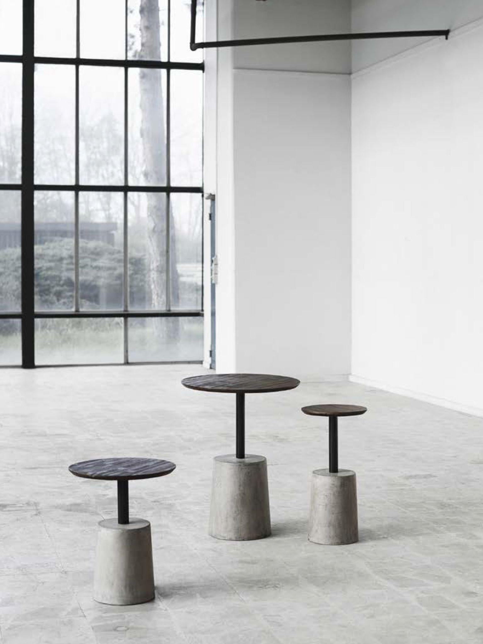 Wood'n concrete tables