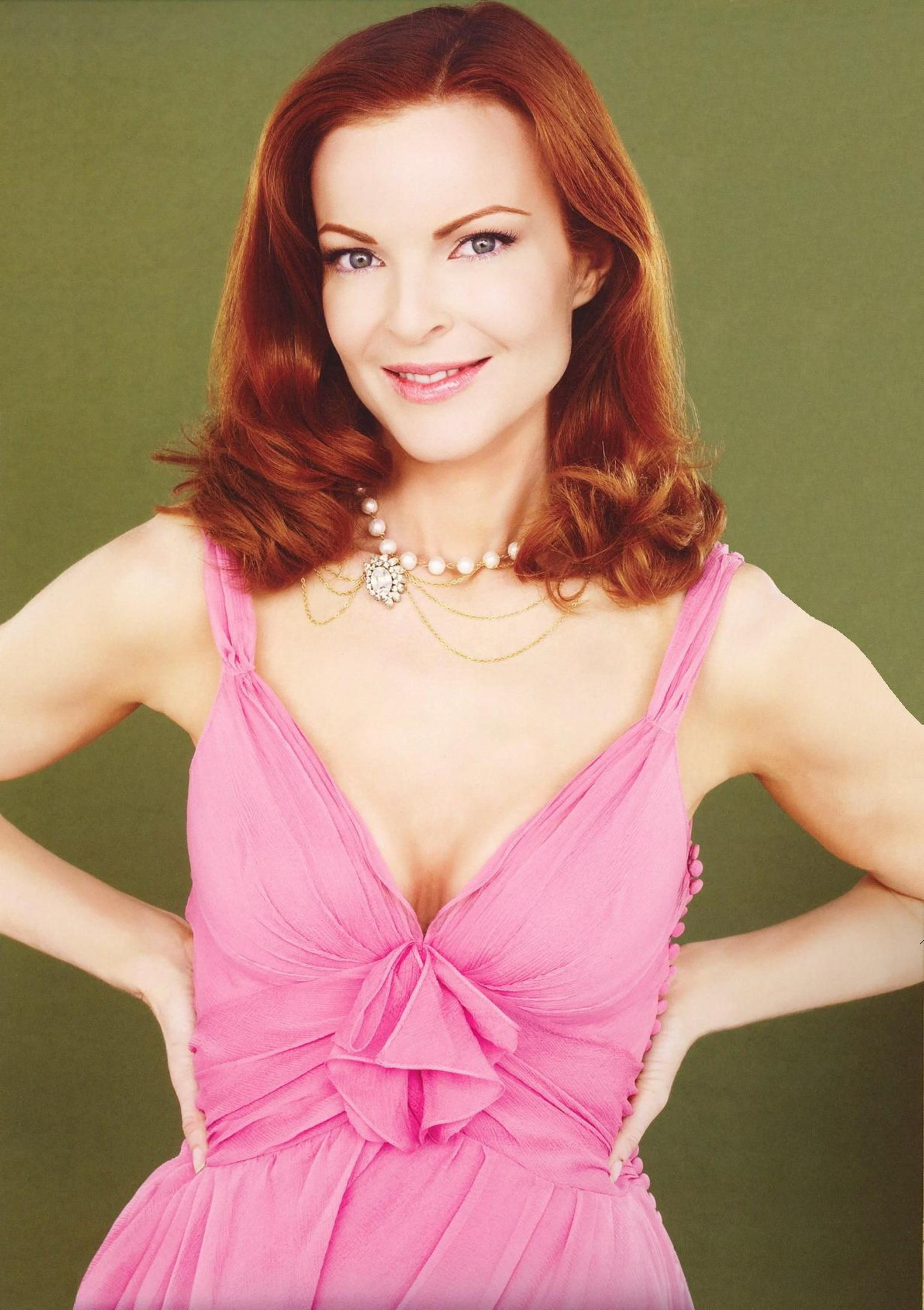 Desperate Housewives S2 Marcia Cross as \