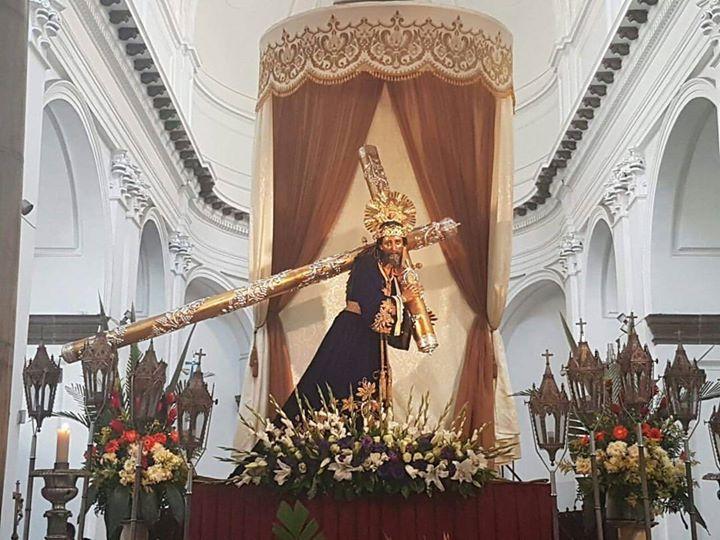 #Jesusdelosmilagros ya en el altar mayor de Catedral Metropolitana para recibir a sus devotos. #cucuruchoenguatemala  foto: @santuariosanjose
