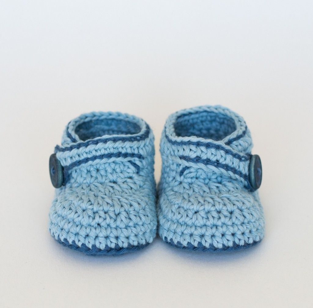FREE Crochet Baby Booties Pattern - Blue Whale by Croby Patterns ...