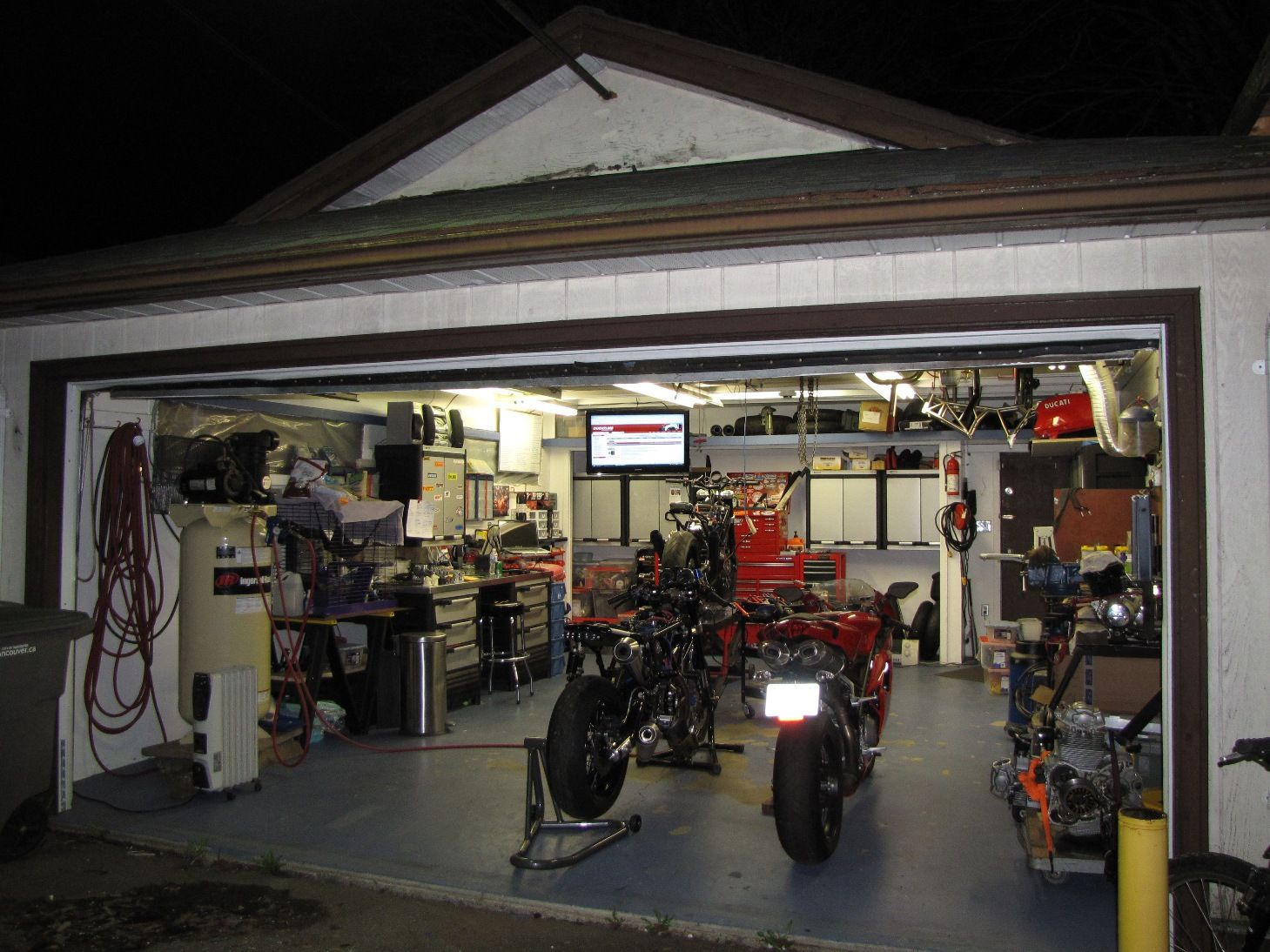 Pin by basil anderson on work space pinterest garage for Garages and shops
