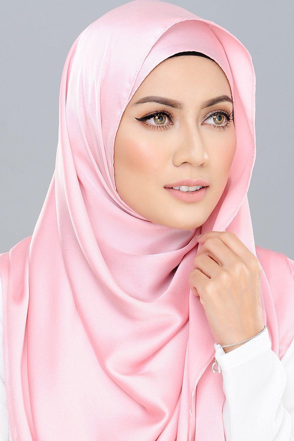 Essential Satin Messaline in Petal Pink