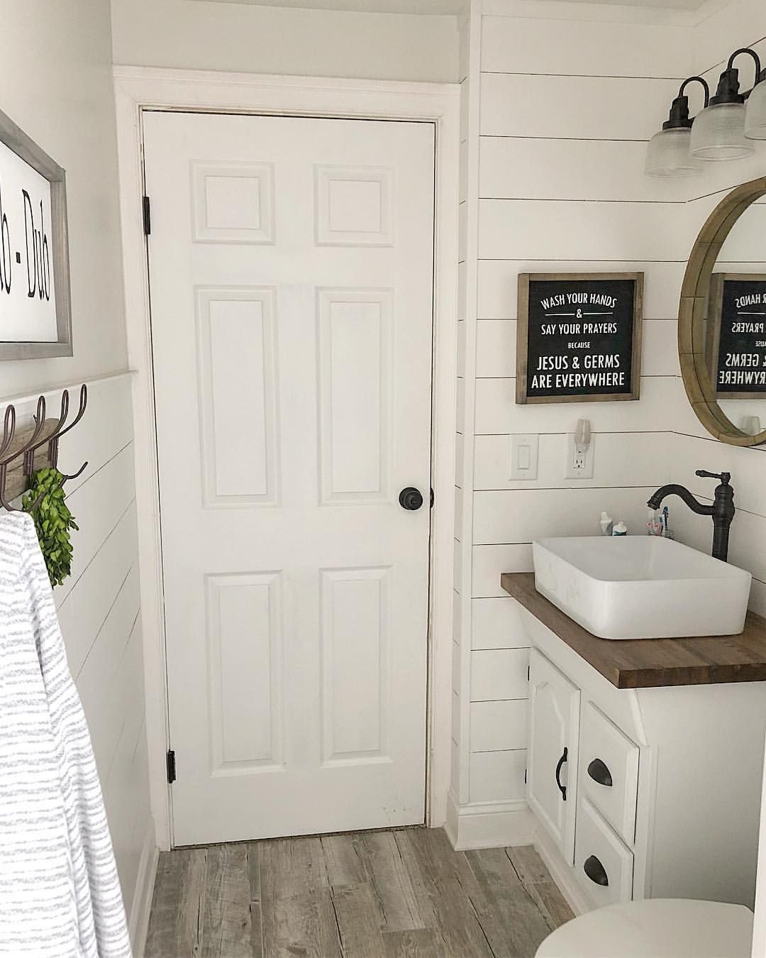 45 Likes 1 Comments Meghan Our Farm Style On Instagram Happy Wednesday Friends Enjoying The D Bathrooms Remodel Bathroom Remodel Master Small Bathroom