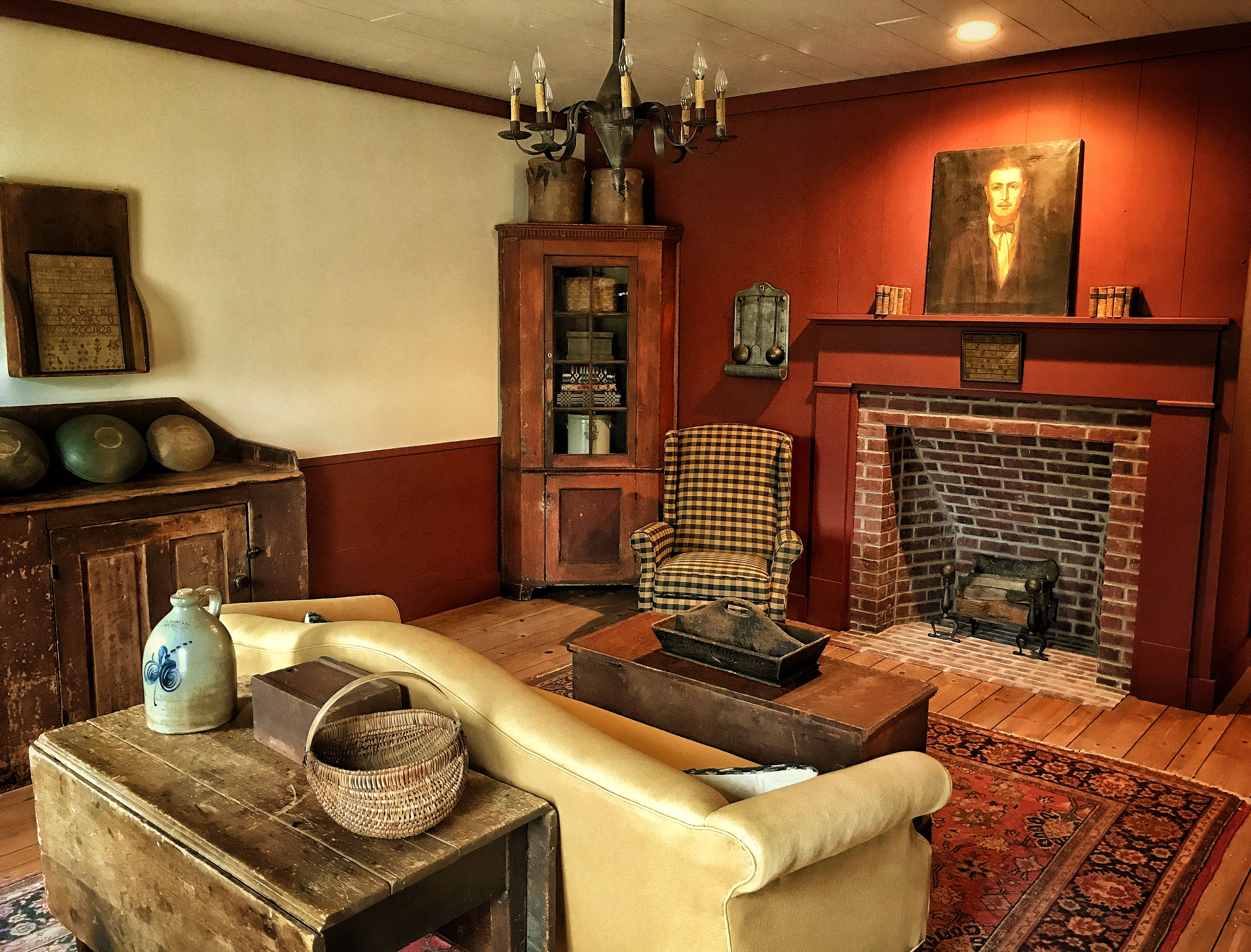 Living room peace manor 🌻 country decor country living primitive country historic