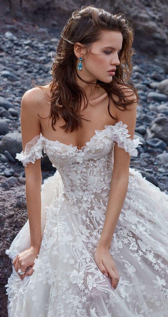 40+ Off the Shoulder Wedding Dresses Ideas