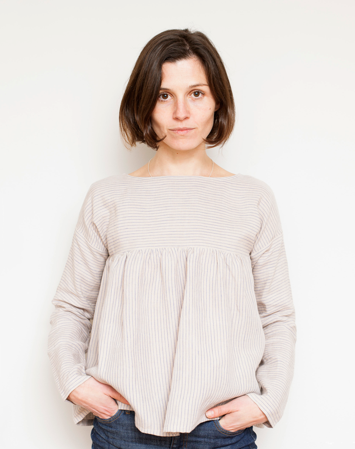 STRIPED LINEN GATHERED BLOUSE // FREE PATTERN DOWNLOAD + ...