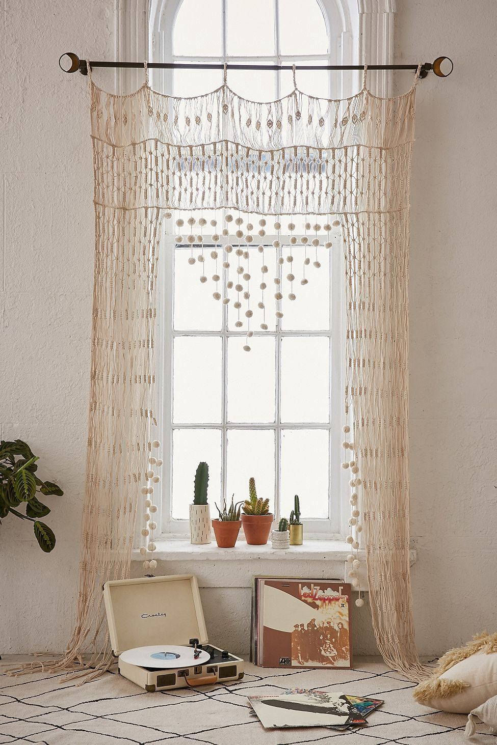 Rideau Style Boheme Chic urban outfitters crochet portal - cream one size | deco