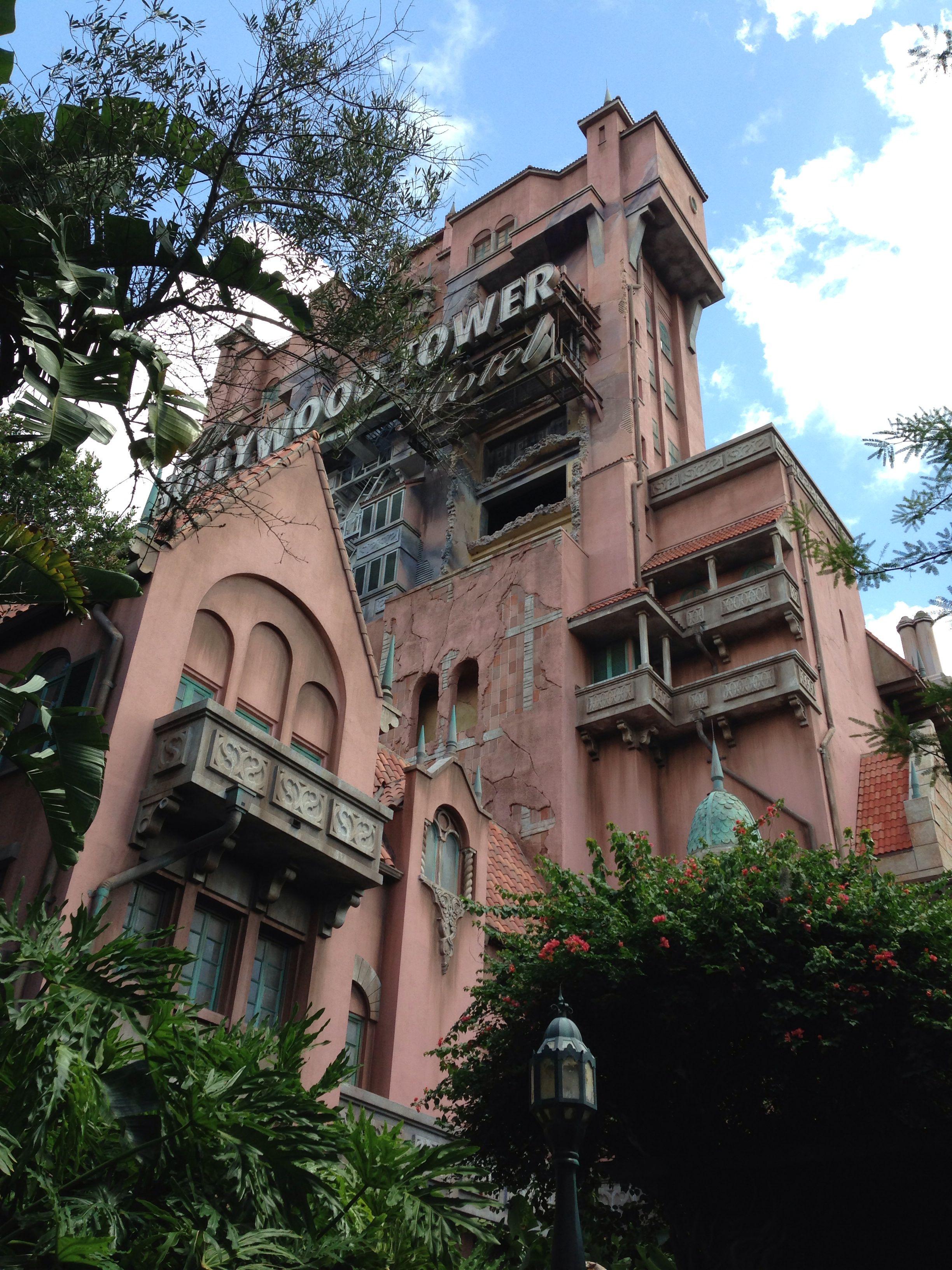 Twilight Zone Tower Of Terror Disneyworld Tower Of Terror House Styles Disney World