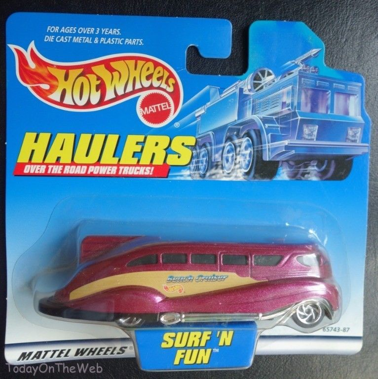 Hot Wheels 1999 First Editions Teed Off 9//26 1:64 Scale WHITE w//Burgundy