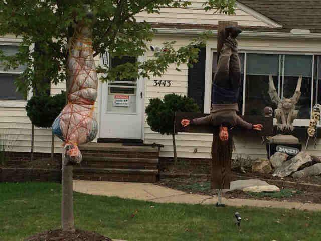 33 best scary halloween decorations ideas