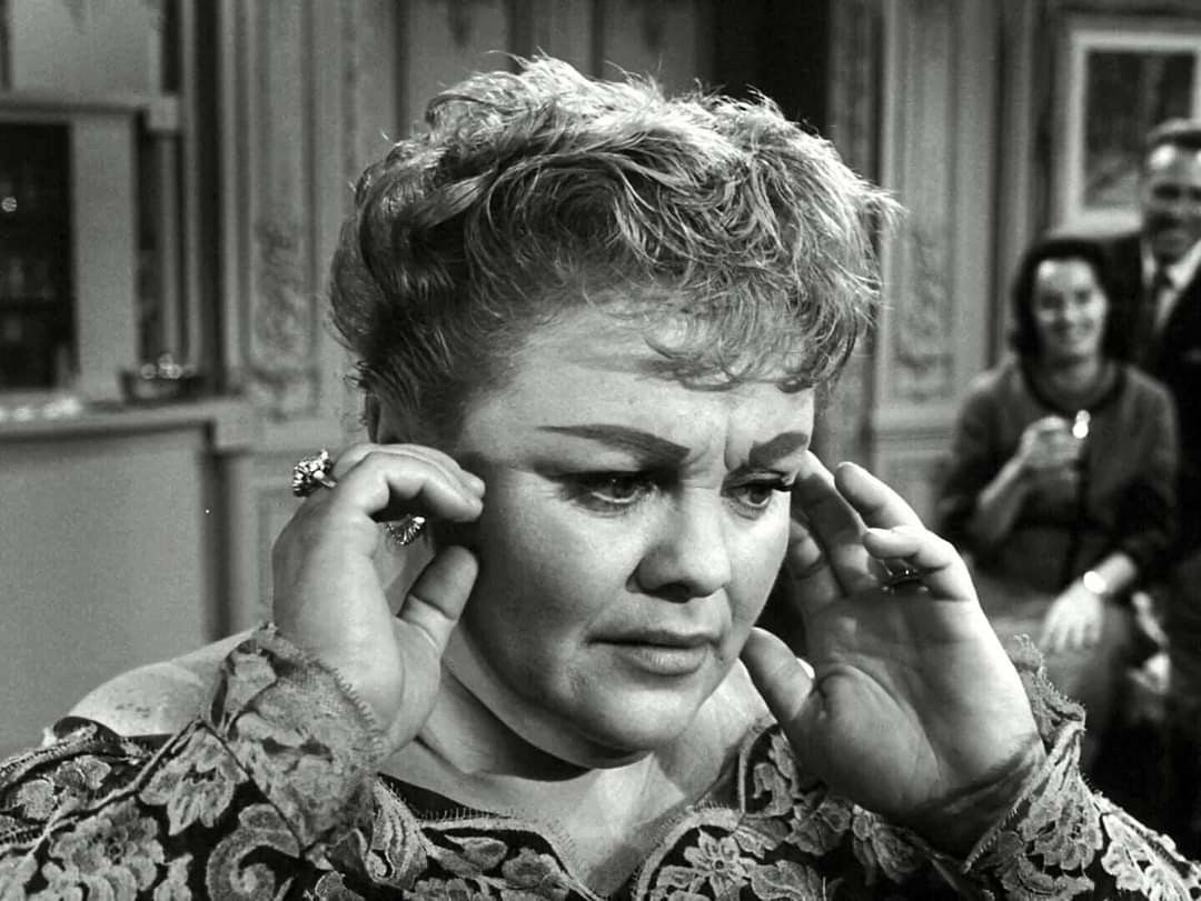 Muriel Landers A Piano In The House Twilight Zone To Serve Man Twilight