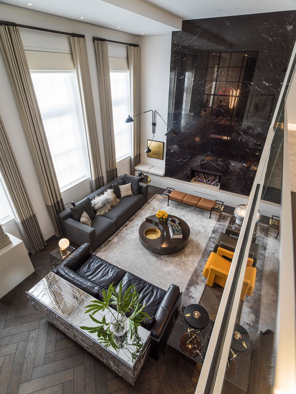 Kelly hoppen is one of greatest interior design inspirations all times her home projects are an unbelievable source luxury ideas that also best by interieurs rh pinterest