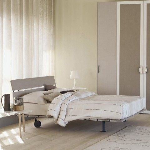 Tadao Flou Bed design Vico Magistretti Vico Magistretti