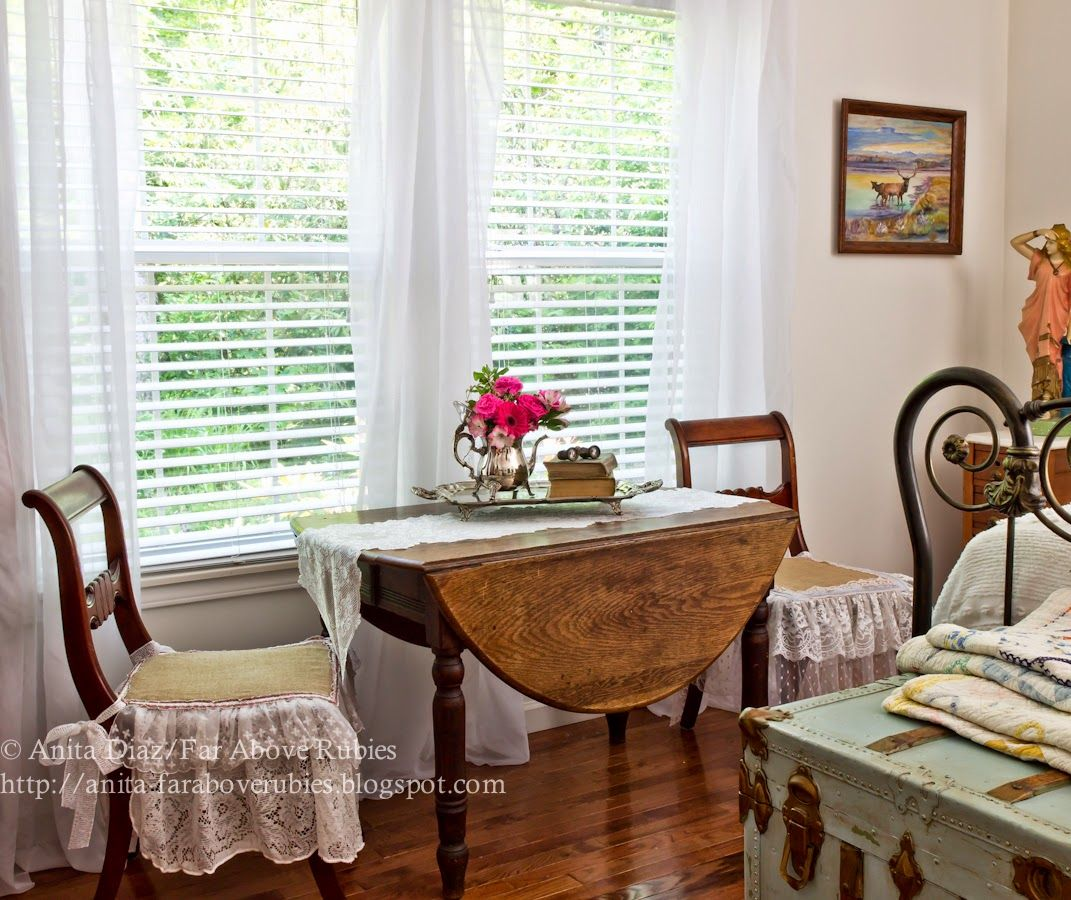 Above window decor  parade of homes tour  far above rubies  vintage bedrooms fences