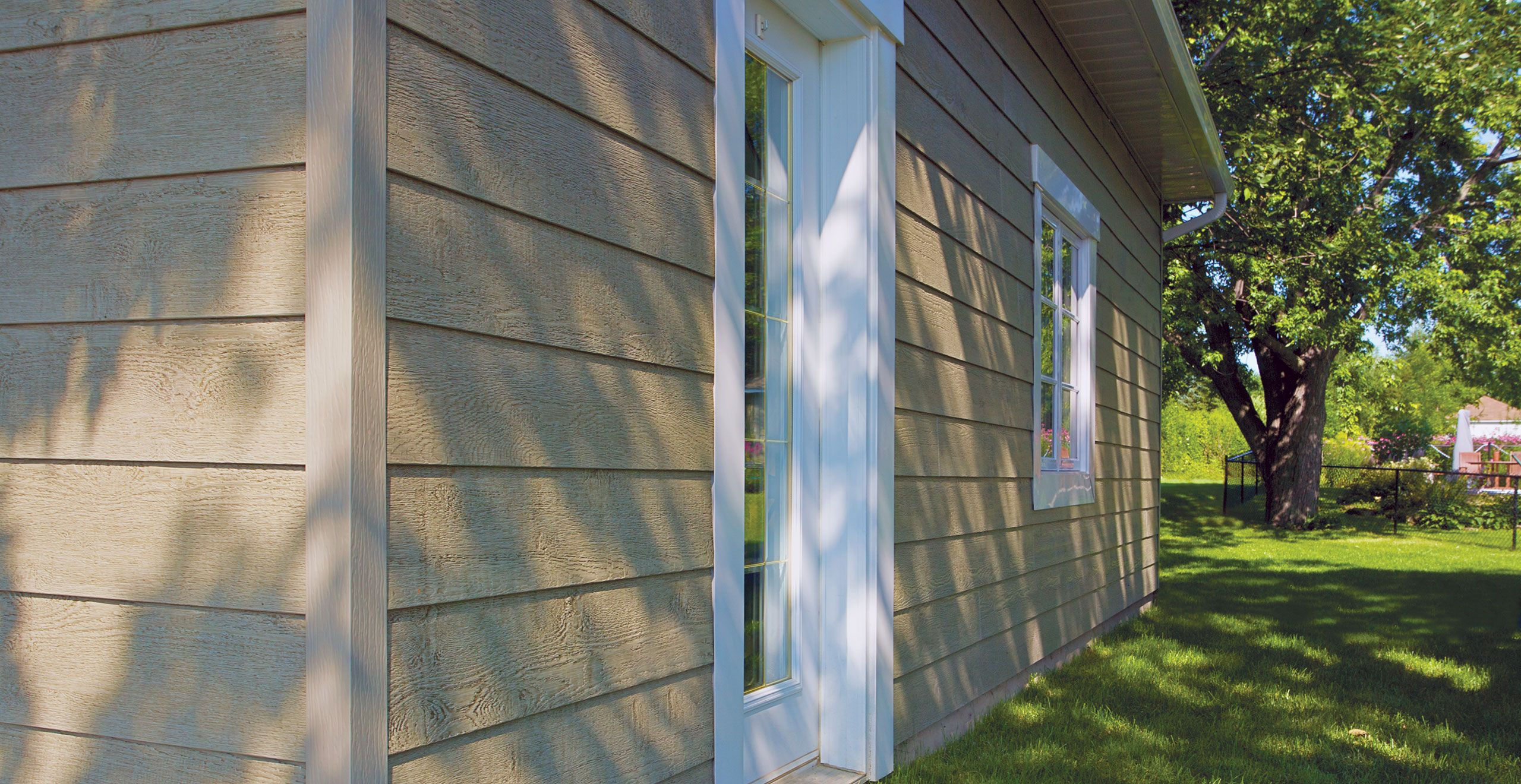 Lp canexel prefinished siding features expertly crafted for Prefinished siding